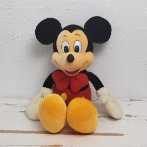Mickey de Gravata Pelúcia Modelo: Mickey de Gravata Pelúcia Medidas: