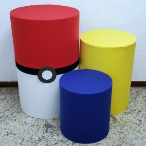 Trio mesas cilindro com capa cores Tema Pokemon