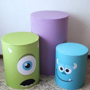 Trio mesas cilindro com capa cores Tema Monstros S.A