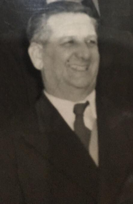 Mr Cliff Ward