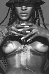 Rihanna_Lui-Magazine_05