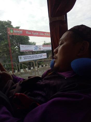 penumpang tidur nyaman