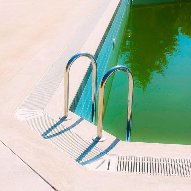 How To Fix Green Pool Water 1