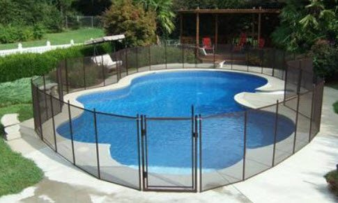 mesh pool fence example
