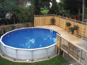 Outdoor Pool and Deck Landscaping