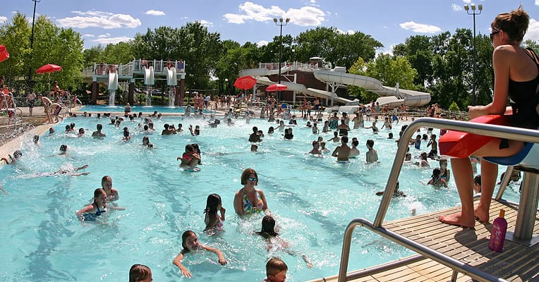 Public Swimming Pool Safety Tips