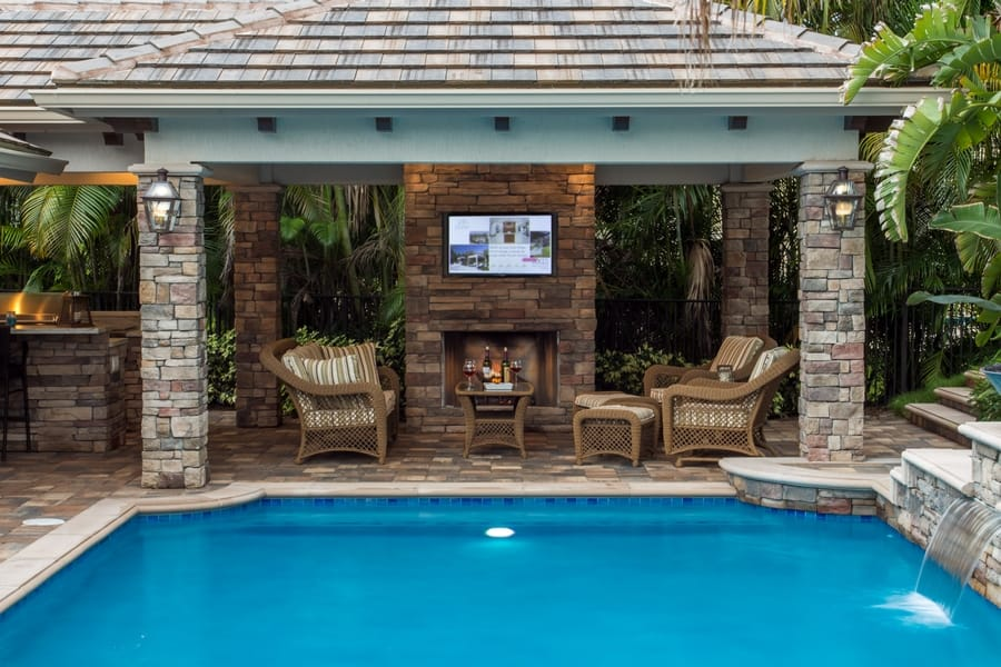 Turn Your Pool Into A Outdoor Theater