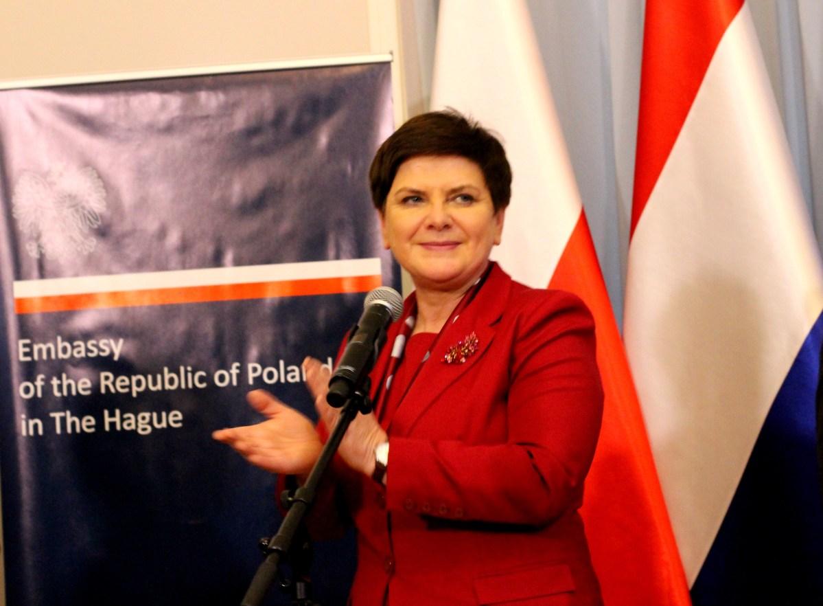 Premier RP  Beata Szydło w Hadze, na spotkaniu z przedstawicielami Polonii.