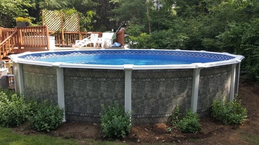Lamark Lasa swimming pool gray mosaic wall