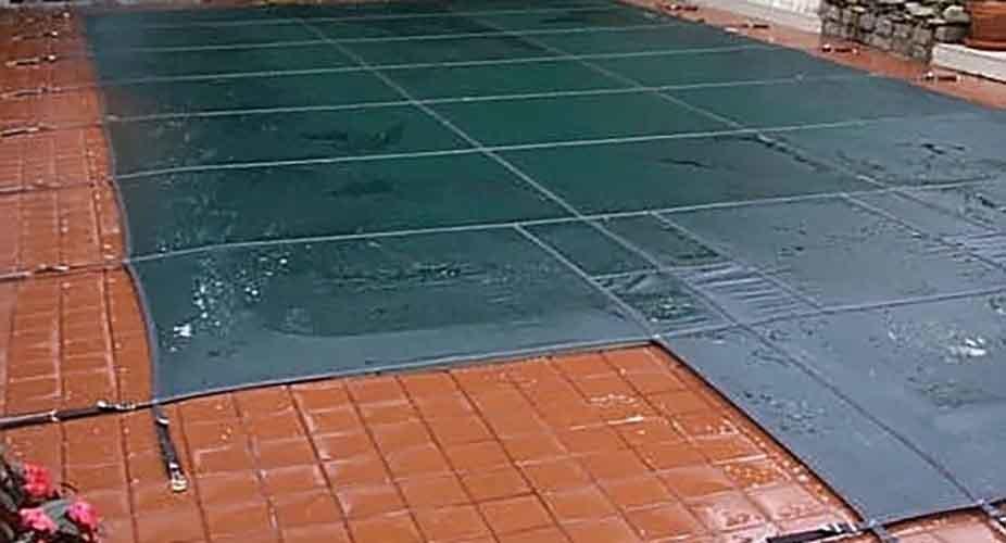 Pool opening - Closed pool image