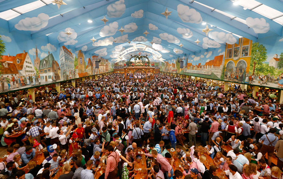 Tips for a cheap and successful Oktoberfest in Munich     The Thrifty     Tips for a cheap and successful Oktoberfest in Munich