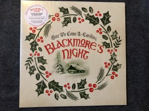 Blackmores Night – Here We Come A Caroling LP Cover