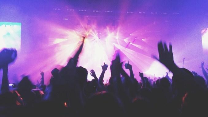 Concert, foule en liesse