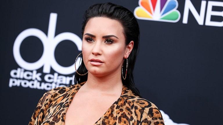 Demi Lovato é hospitalizada por suspeita de overdose de heroína