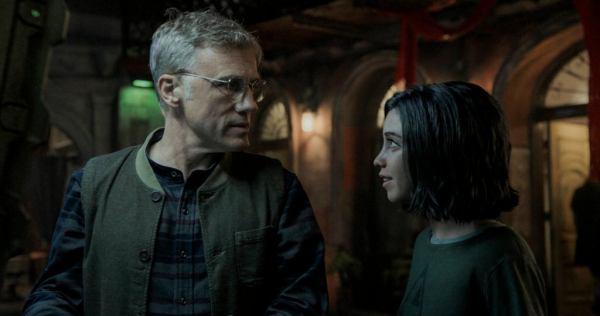 Christopher Waltz & Rosa Salazar in Alita: Battle Angel