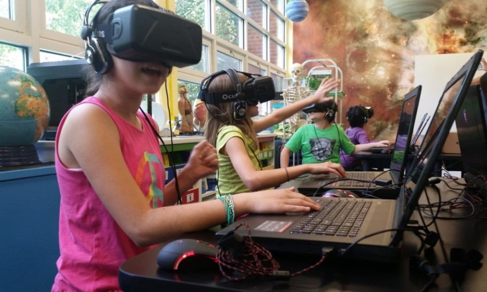 vr-virtual-reality-education