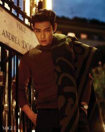 T.O.P (Big Bang) - Vogue Korea (noviembre 2014) (15)