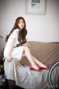 Taetiseo - Vogue Magazine April Issue 2014 (3)