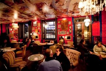 O Bar da Velha Senhora