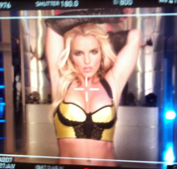 "Britney Spears ""Work Bitch"""
