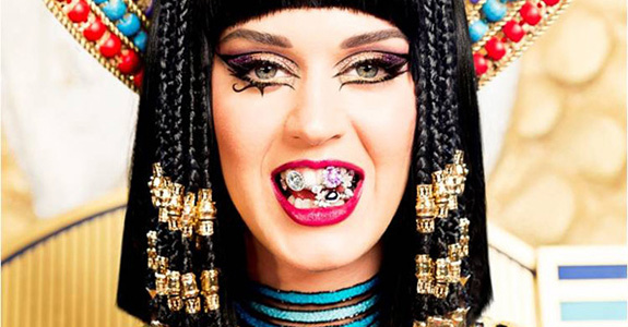 "Katy Perry ""Dark Horse"""