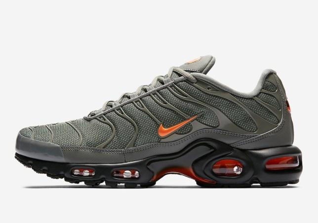 Nike AirMaxPlus 02
