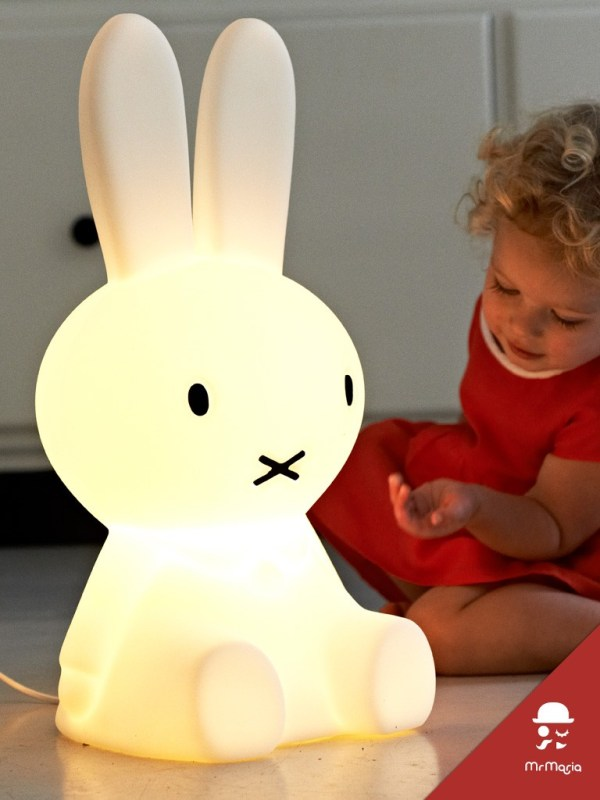 Small miffy lamp 01