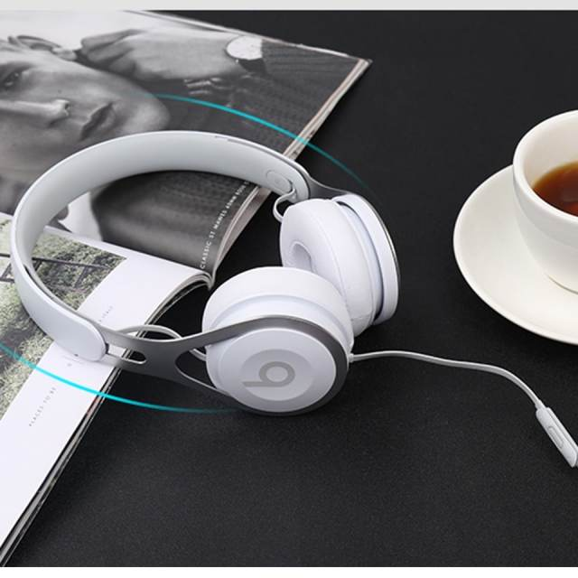 Beats EP 3.5mm Wired Headphones On Ear Headset Stereo Music Earphone Deep Bass Line Control RemoteTalk with Mic Noise Isolation
