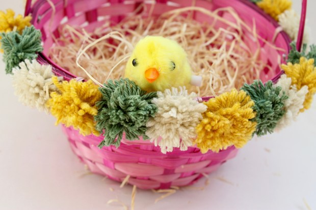 DIY Pom-Pom Easter Basket | Popcorn & Chocolate