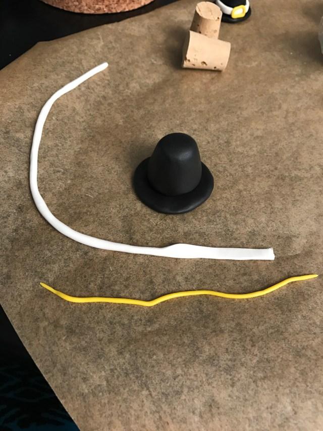 thanksgiving pilgrim hat   Popcorn and Chocolate