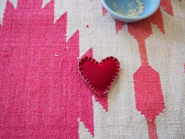 Heart shaped hand warmers | Popcorn and Chocolate