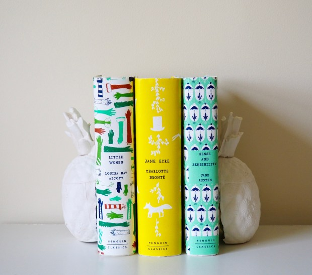DIY Pineapple bookends made from plaster | Popcorn and Chocolate