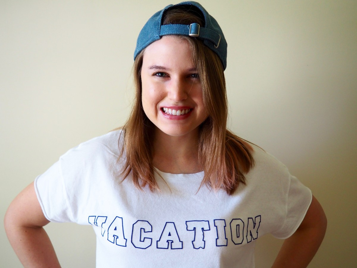 DIY Vacation T-shirt   popcorn and chocolate