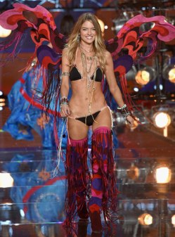 VS - 2015 - Boho Psychedelic - Martha Hunt