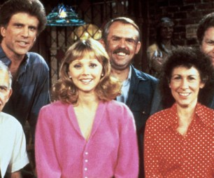 Cheers cast photo