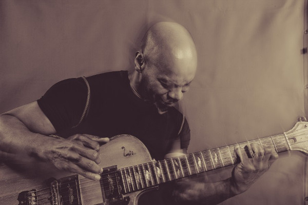 Kevin Eubanks - photo credit: Raj Naik