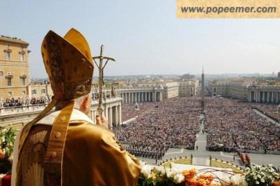 urbi-et-orbi-pope-emer-benedict-XVI