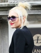 Gwen Stefani Trendy Chignon Hairstyle for Medium Hair 2013