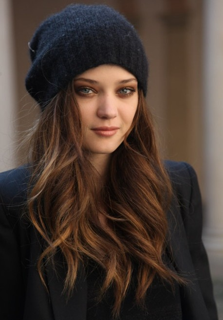 Relaxed Long Hairstyle, Trendy Hair Color