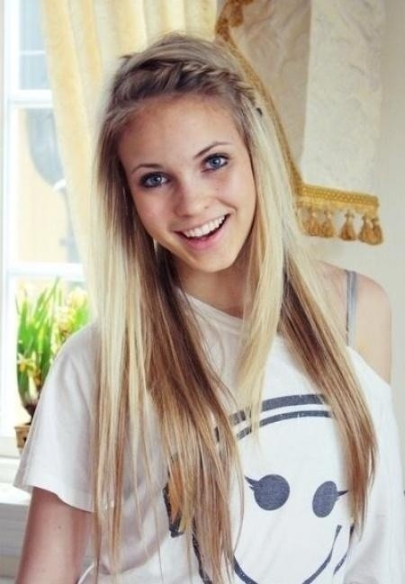 Cute Everyday Hairstyle: Long Hair with Braid Bangs
