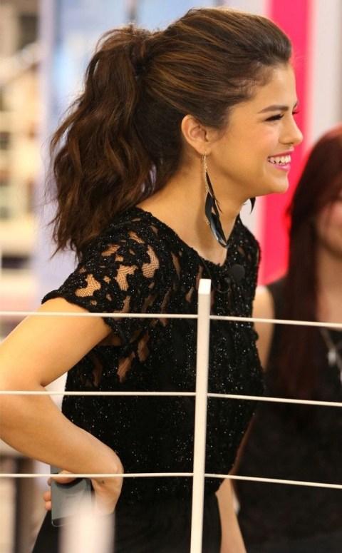 Cute Everyday Hairstyles: Selena Gomez Ponytail Hair Style
