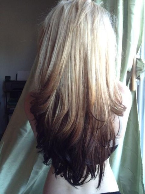 Cute Long Hairstyle for Straight Hair: Blonde to Dark Brown Ombre
