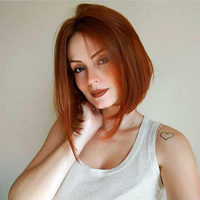10 classic shoulder length haircut ideas - red alert! women
