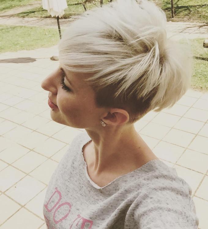 10 stylish feminine pixie haircuts, short hair styles 2019