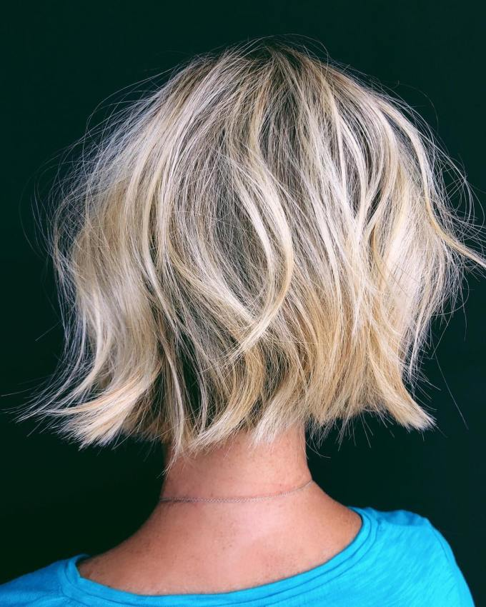 stylish short hairstyles for thick hair, women short haircut