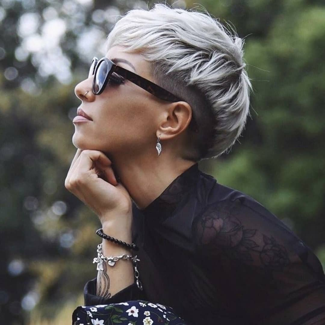 Pixie Cut Feminine Pixie Pixie Cut Short Hairstyles 2020 Novocom Top