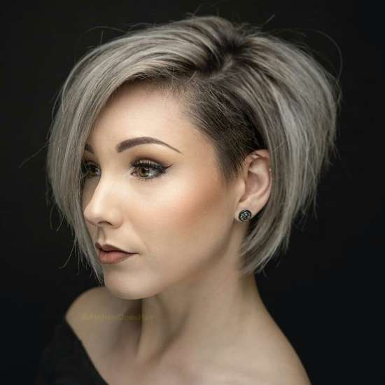 Short Angled Bob Blonde Hair | 10 stylish simple short hair cuts for ladies easy short hairstyles 2021