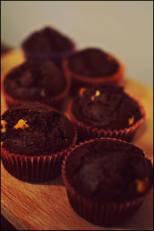 Briose cu cacao si ciocolata alba