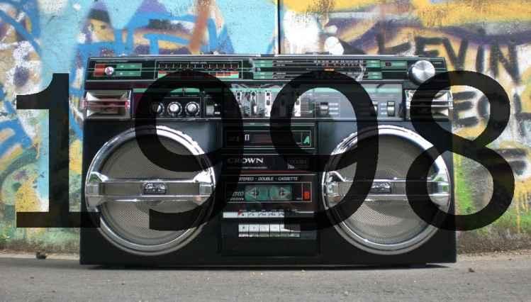 Alte Radios 1990er
