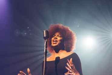 60er Jahre Sängerin